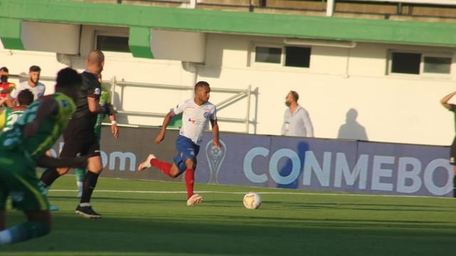 Élber em jogo entre Bahia e Defensa y Justicia