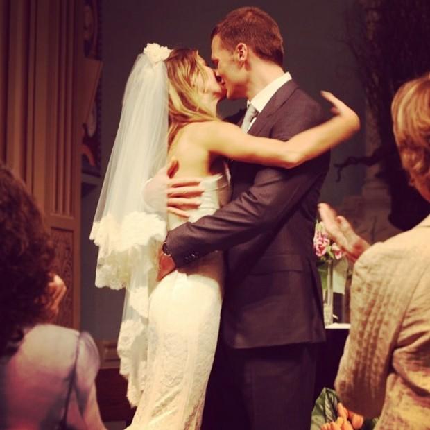 O casal no dia de seu casamento (Foto: Instagram Tom Brady/ Reprodução)