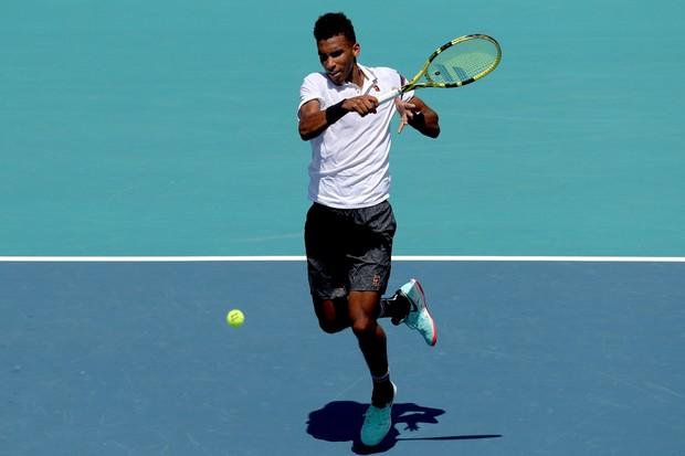 O canadense Felix Auger-Aliassime, o semifinalista mais jovem da história do Miami Open (Foto: Matthew Stockman / Getty Images)