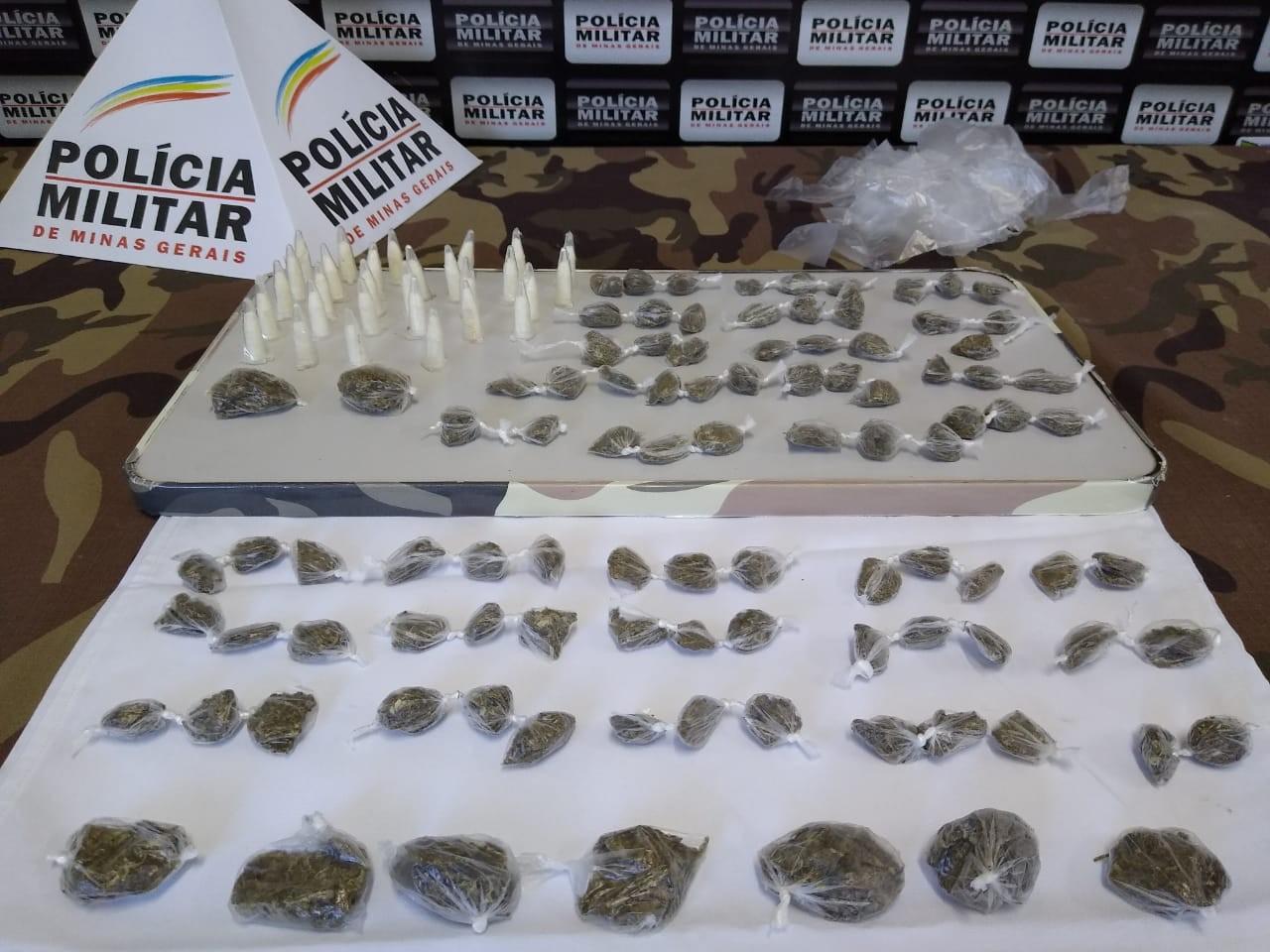 Maconha e cocaína são apreendidas em ação policial no Bairro Jardim Natal em Juiz de Fora