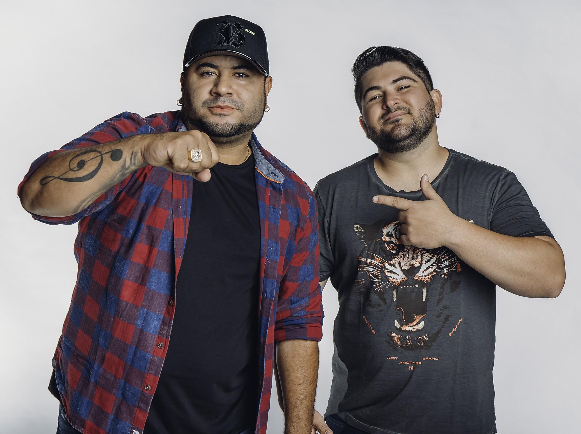 Barões da Pisadinha revivem sucesso do cantor de forró Caio Costta entre as músicas inéditas do álbum 'Da roça pra cidade'