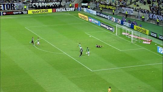 Melhores momentos: Ceará 4 x 1 Chapecoense pela 14ª rodada do Brasileirão