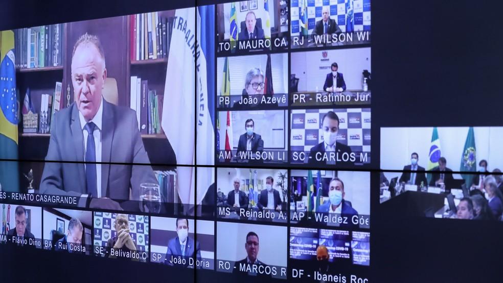 Governadores participaram de reunião com o presidente Jair Bolsonaro por videoconferência — Foto: Marcos Corrêa/PR