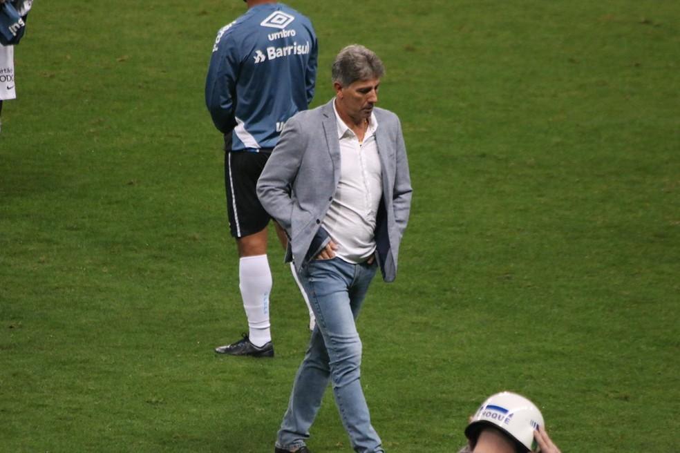 Renato Portaluppi ficou satisfeito com desempenho contra o Corinthians — Foto: Eduardo Moura