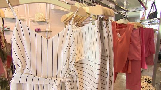 Loja de roupas femininas no DF foca em peças sob medida e fatura R$ 2 milhões em 2017