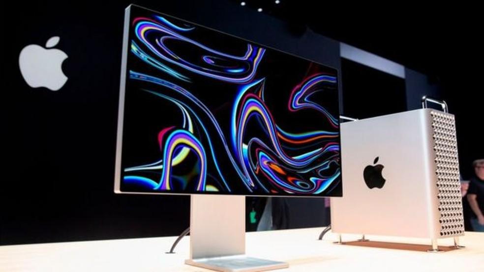 Apple atingiu o marco de US$ 2 trilhões em valor de mercado apenas dois anos depois de atingir US$ 1 trilhão — Foto: Getty Images via BBC