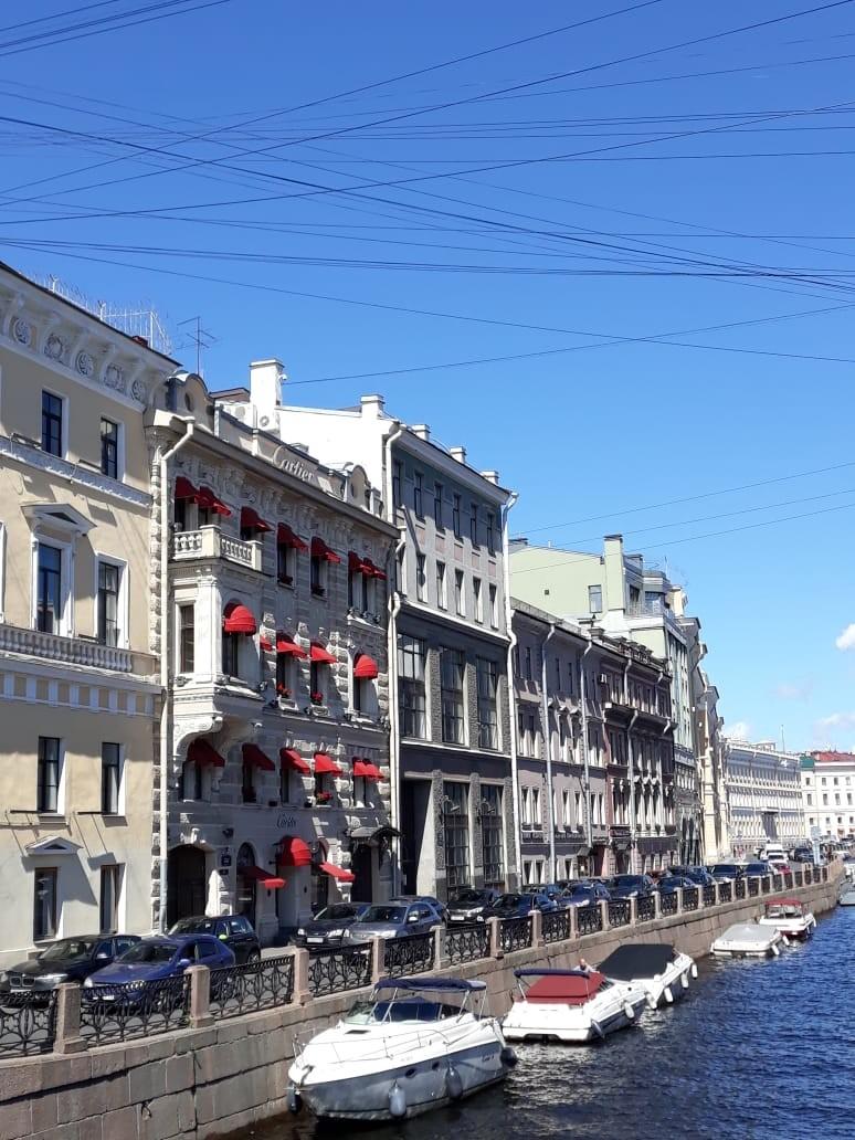 Nevsky, principal avenida de São Petersburgo (Foto: Pedro Carvalho)