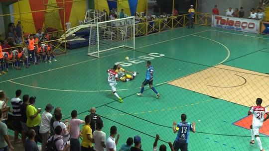 ee09101b4c Veja cinco golaços da 1ª fase da Copa TV Grande Rio e vote no seu favorito