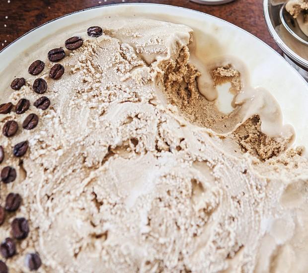 Sorvete de café com uísque (Foto: Lufe Gomes / Editora Globo)