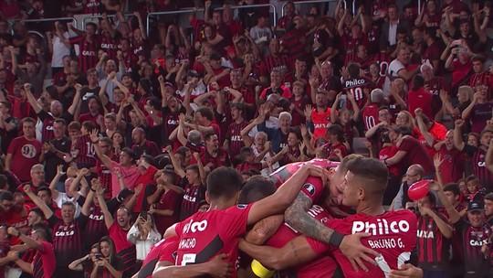 Gols, assistências e artilharia: Marco Ruben deixa o Athletico com status de ídolo