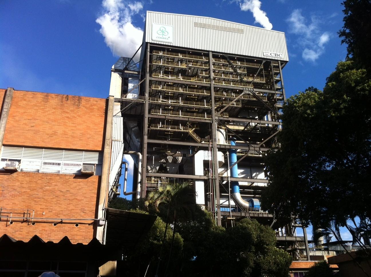 Ministério Público responsabiliza Cenibra por emissão de gases que causaram mau cheiro no Vale do Aço