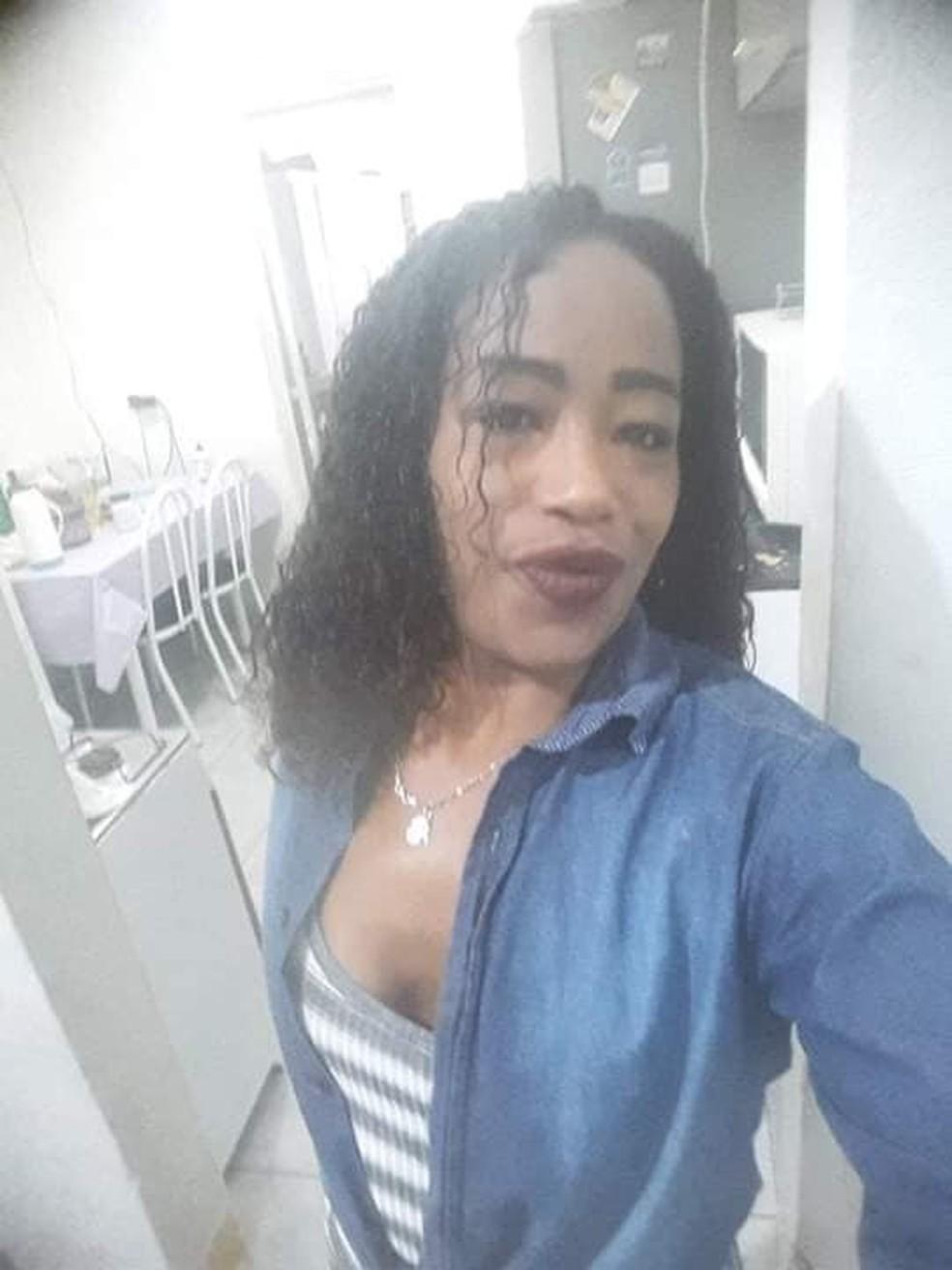 Traficante foragida foi presa durante festa de Cosme e Damião em SP — Foto: Reprodução/Facebook