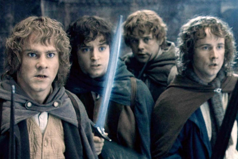 Lançado pela Warner, o filme live-action de O Senhor dos Aneis não só foi bem adaptado como se tornou um marco na história do cinema (Foto: Divulgação)