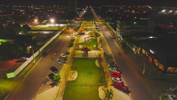 Projeto de concessão de iluminação pública poderá ser elaborado pelo município de Santarém, no Pará