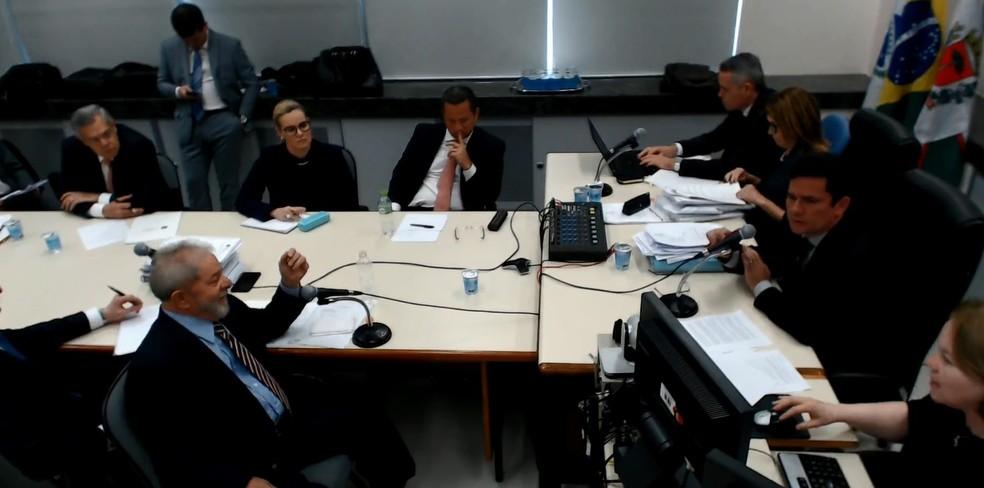 Depoimento do ex-presidente Lula ao juiz Sérgio Moro nesta quarta (13) (Foto: Reprodução)