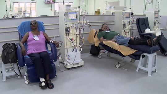Clínicas de hemodiálise do Rio não recebem verbas da prefeitura e pacientes aguardam atendimento