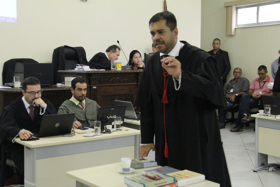 Julgamento Naiara Karine 2016, em Porto Velho, RO, terceiro dia, promotor Elias Chakian Filho — Foto: TJ-RO/Divulgação