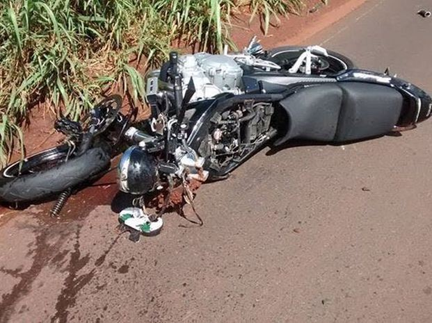 Motociclista foi socorrido, mas não resistiu (Foto: Arquivo Pessoal)