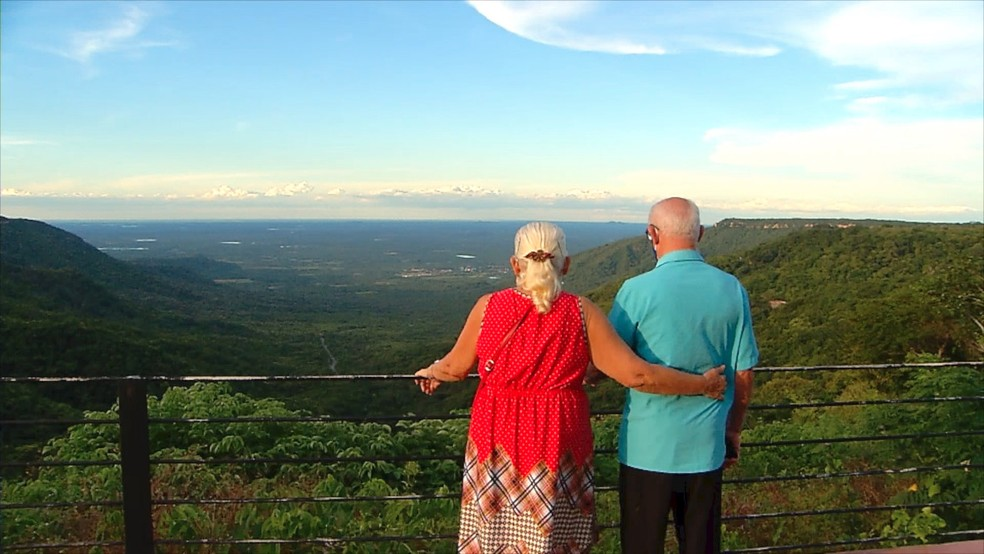 Frio serrano, beleza natural e cachoeira perene atraem visitantes à Portalegre durante todo o ano — Foto: Reprodução/Inter TV Costa Branca