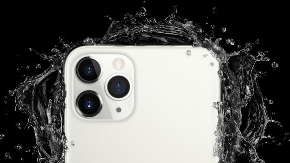 iPhone 11 Pro é o primeiro da marca a trazer câmera tripla — Foto: Divulgação/Apple