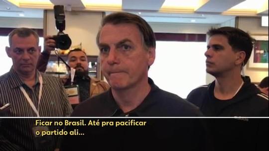 Bolsonaro diz preferir que Eduardo fique no Brasil para 'pacificar' o PSL