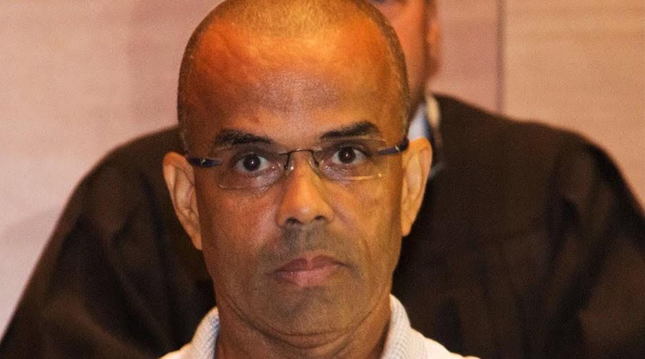 Fernandinho Beira-Mar, preso há 18 anos e prestes a lançar seu próprio site de vendas. (Foto: YouTube)