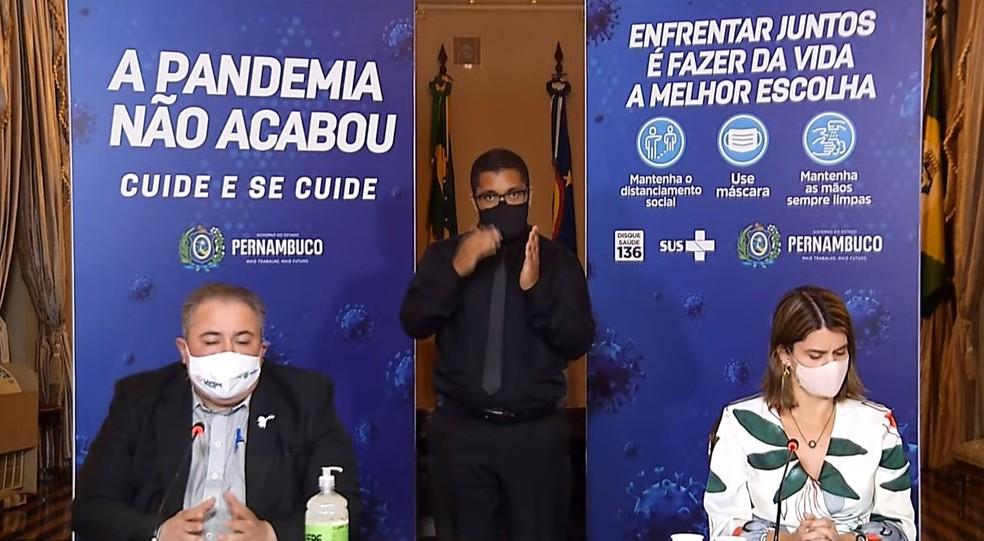André Longo e Ana Paula Vilaça participaram de pronunciamento, nesta quinta (6), e anunciaram prorrogação de restrições até 23 de maio  — Foto: Reprodução/Redes Sociais