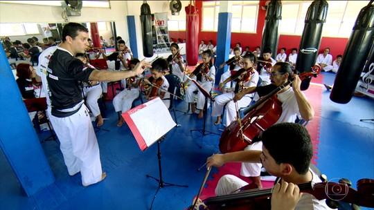 Conheça o Shotokan, projeto social com aulas de karatê e música em Cuiabá
