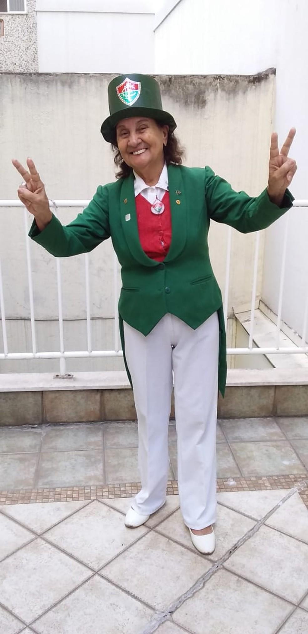"""Maria de Lourdes Silva, a """"Vovó tricolor"""", famosa torcedora do Fluminense — Foto: Reprodução"""