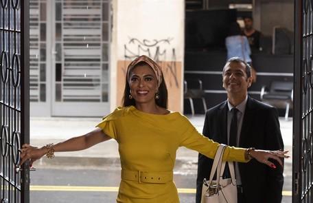 Na segunda-feira (18), Maria da Paz (Juliana Paes) retomará o comando de sua fábrica Cesar Alves/ TV Globo