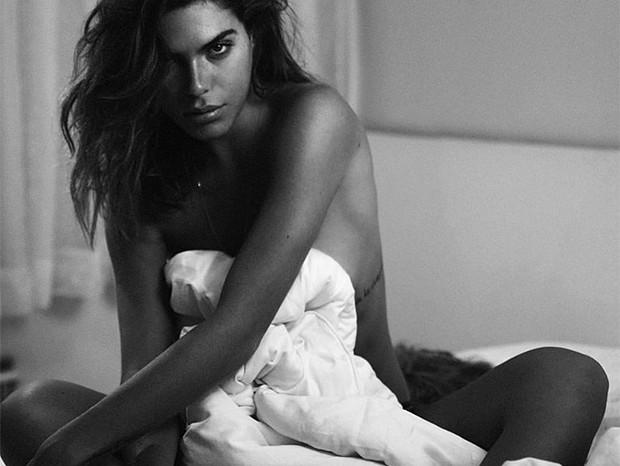 Mariana Goldfarb encanta em sessão de fotos completamente nua (Foto: Reprodução/Instagram)