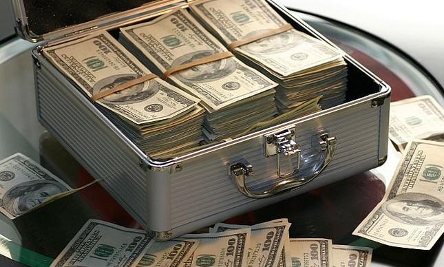 Mala de dinheiro (Foto: Pixabay)