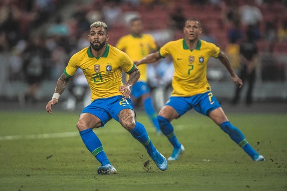 Gabigol atuou 28 minutos com Tite na Seleção, em outubro de 2019, contra a Nigéria — Foto: Pedro Martins / MowaPress
