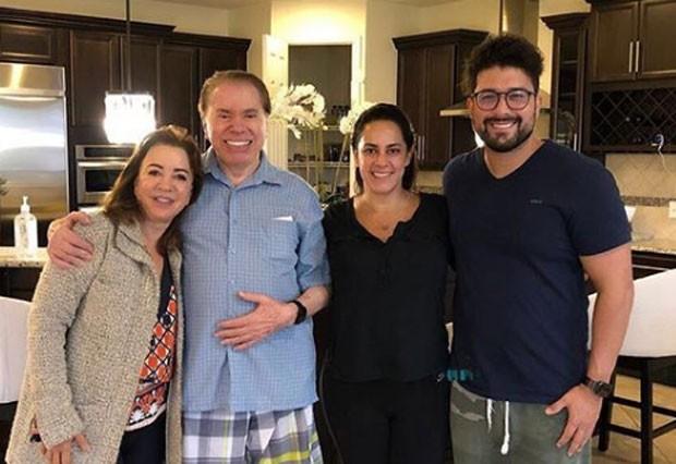 Iris Abravanel e Silvio Santos com Silvia Abravanel e Edu Pedroso (Foto: Reprodução Instagram)