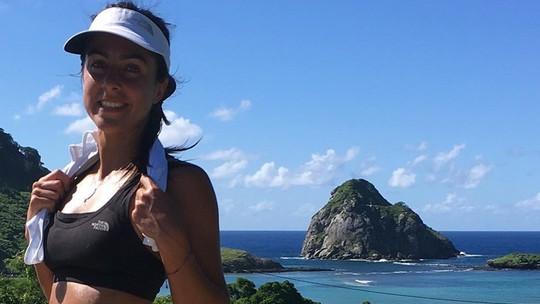Carol Barcellos agradece elogios ao 'corpo perfeito' na web, mas diz: 'Não é não, até fico sem graça'