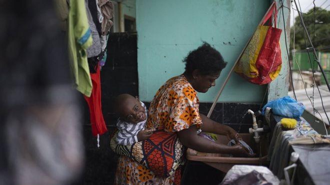 Congoleses enfrentam violência, pobreza e desemprego para recomeçar no Brasil (Foto: Fabio Teixeira/BBC News Brasil)