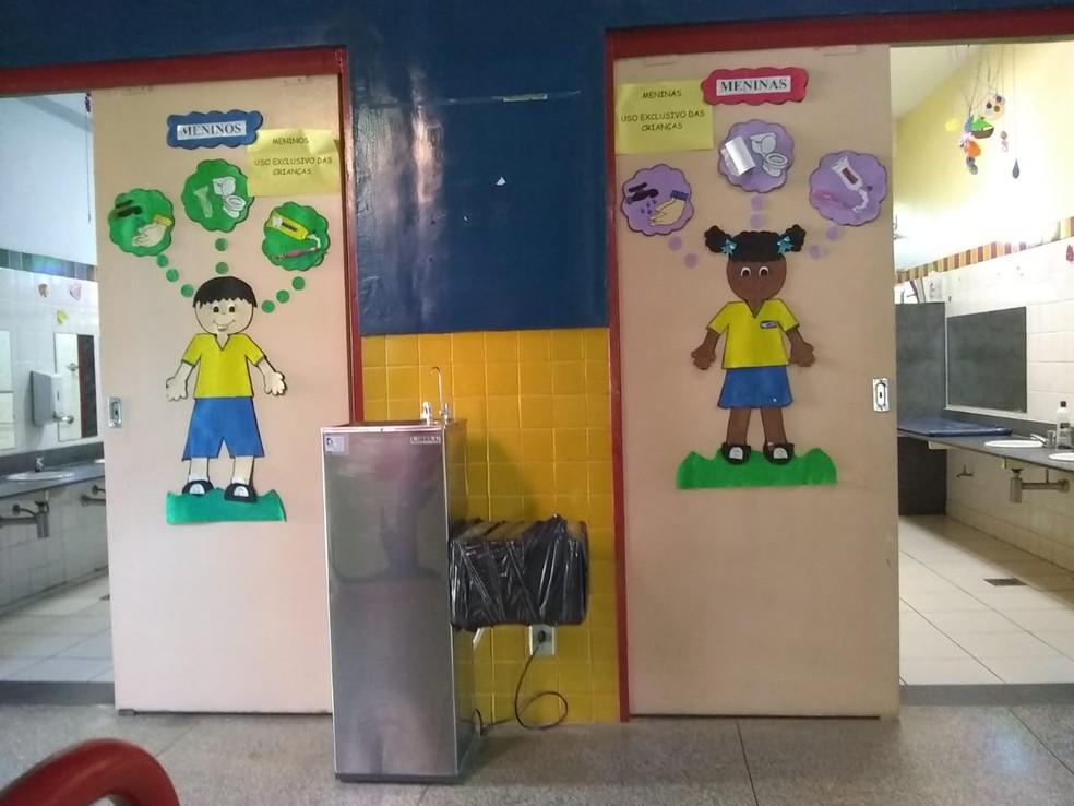 Emei Vila Estrela, em Belo Horizonte, tem aula normal, mas interditou bebedouro usado por crianças — Foto: G1 Minas