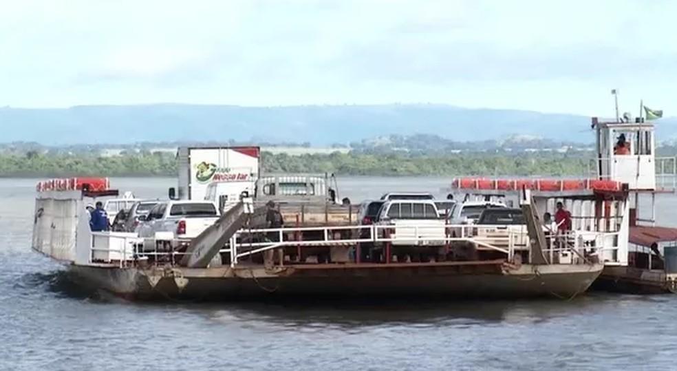 Balsa de Porto Nacional em imagem de arquivo — Foto: Reprodução/TV Anhanguera