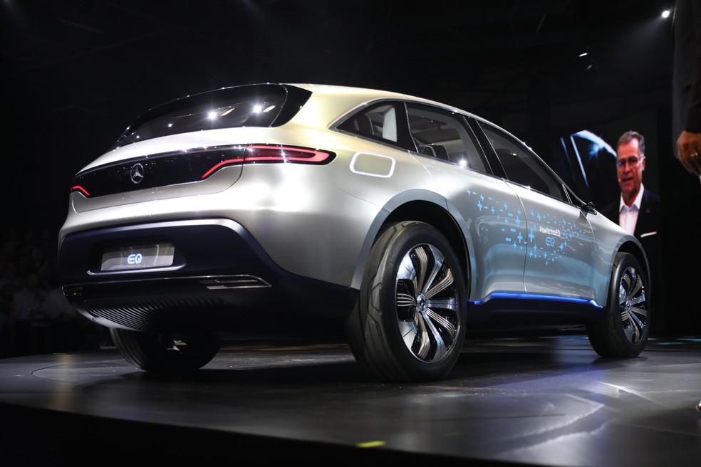 Conceito do Mercedes-Benz EQC foi exibido no Salão do Automóvel 2018 — Foto: Fabio Tito/G1