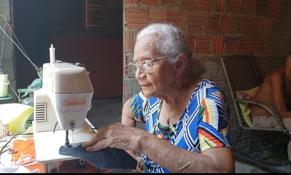 Maria de Lourdes tem 93 anos de idade — Foto: Cedida