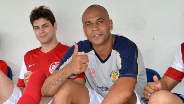 Alex Silva promete para 2013: vou honrar a camisa do Flamengo