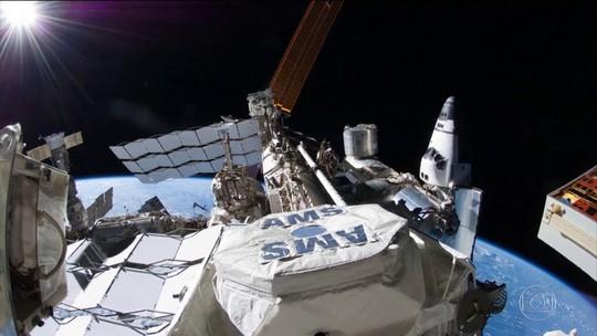 Queda de energia elétrica na Estação Espacial Internacional atrasa lançamento de foguete