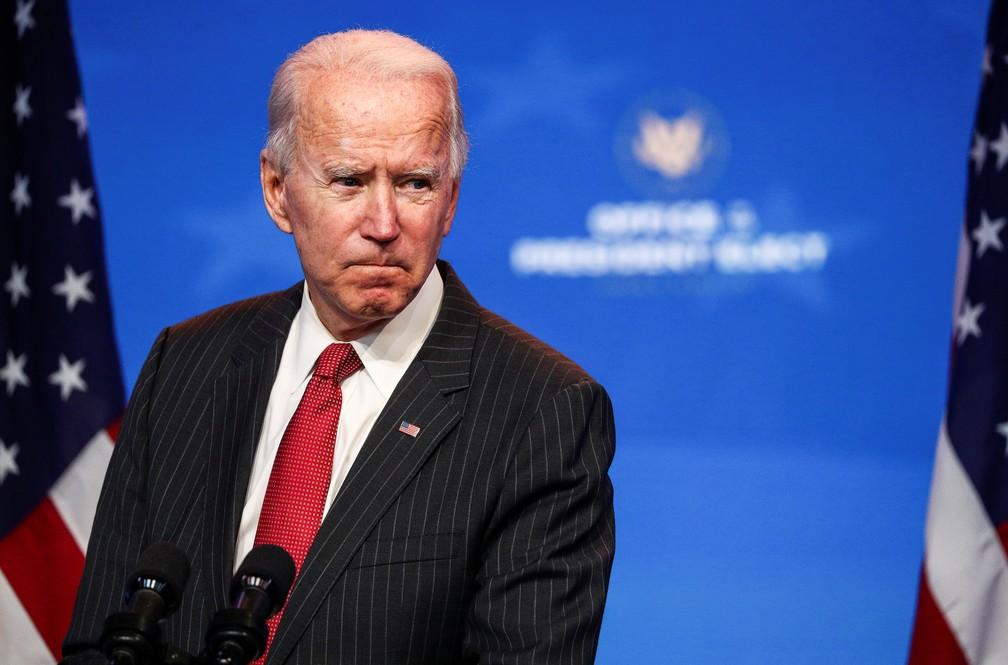 Joe Biden, eleito presidente dos EUA, durante coletiva de imprensa em Wilmington nesta quinta-feira (19) — Foto: Tom Brenner/Reuters