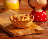Tortinha de maçã com canela fica pronta em 30 minutos