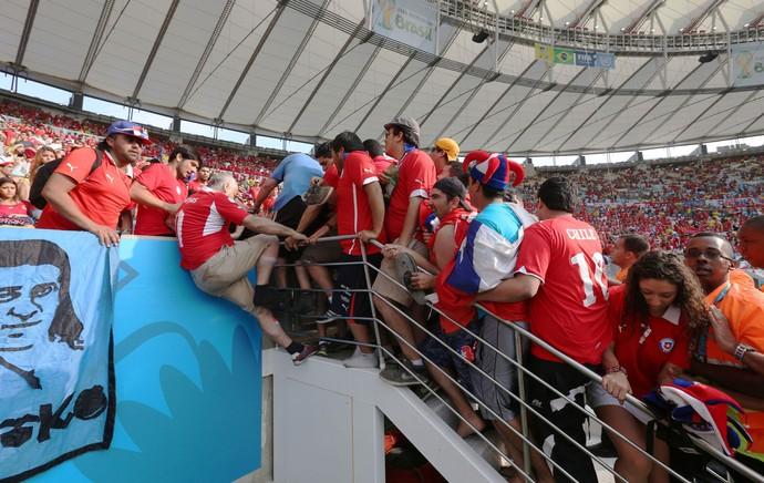 [COPA 2014] Escada passa no teste, mas Maracanã sofre com falta de segurança
