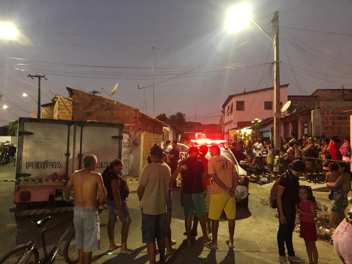 Resultado de imagem para Mulher é assassinada por engano no bairro Bonsucesso