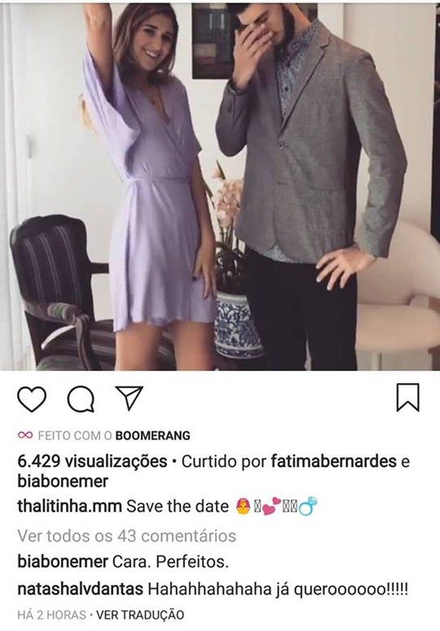 Beatriz Bonemer e Natasha Dantas comemoraram após Thalita pegar buquê (Foto: Reprodução/Instagram)