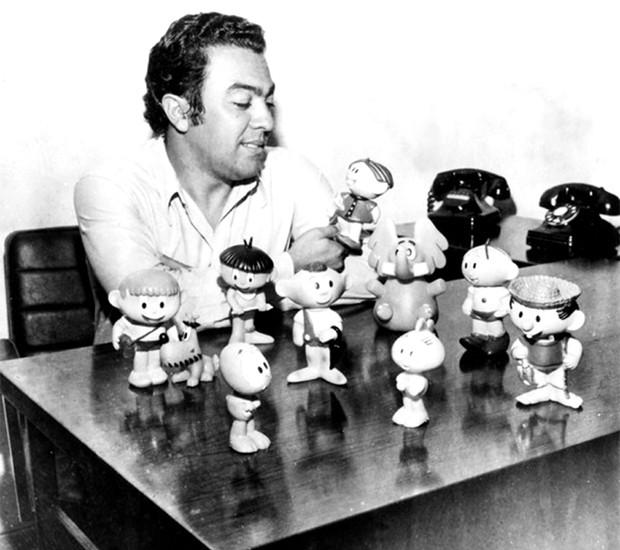 Mauricio de Sousa e os bonequinhos da Turma da Mônica na década de 1960 (Foto: Divulgação/MSP)