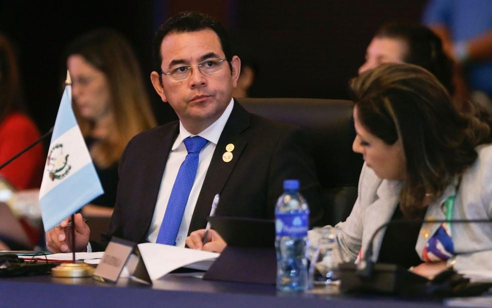 O presidente da Guatemala, Jimmy Morales, durante sessão do Sistema de Integração da América Central, em Veracruz, no Panamá, em 14 de dezembro (Foto: AP Photo/Arnulfo Franco)