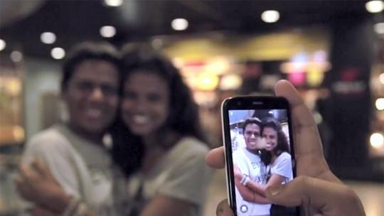 Elenco de 'Malhação' ganha surpresa dos fãs em aeroporto na despedida de Fortaleza; assista!